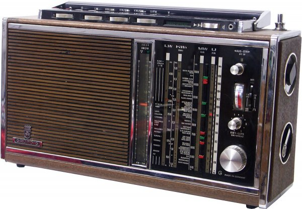 Grundig Satellit 210